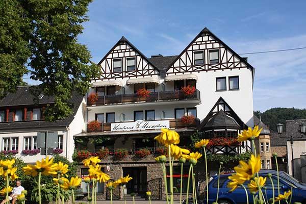 Weinhaus Pension Hirschen